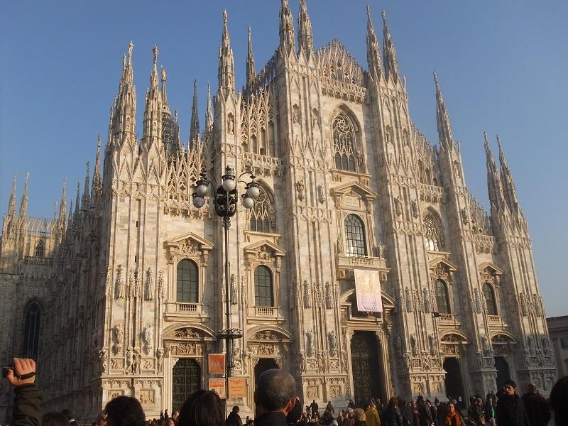 ミラノ ヴィットーリオ・エマヌエーレ2世のガッレリアでお買い物