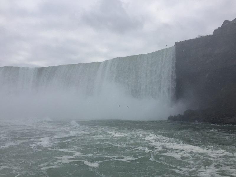 カナダ「ナイアガラの滝」の遊覧船のすごいところ!&注意点